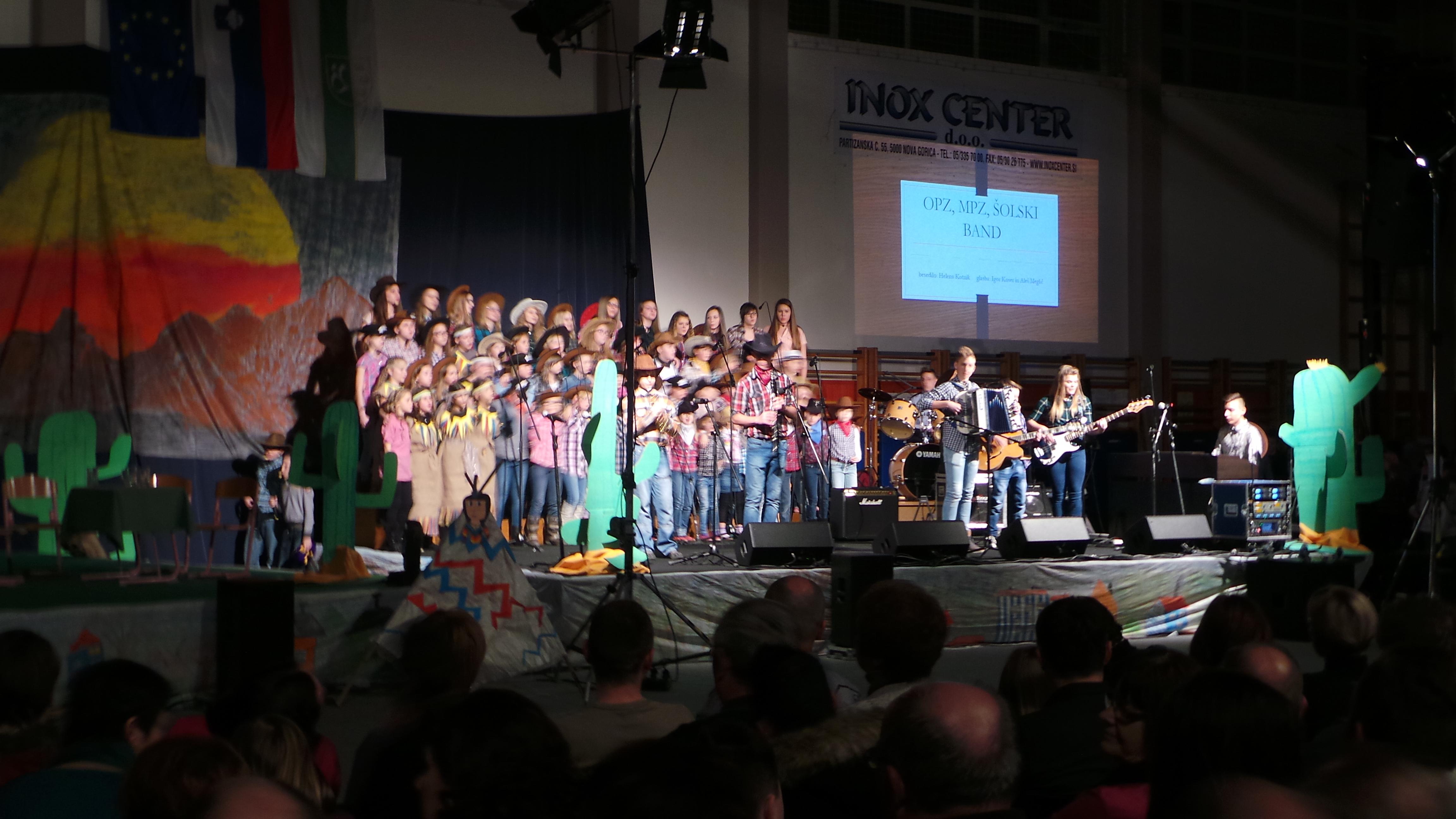 Dobrodelni koncert OŠ Benedikt uspel