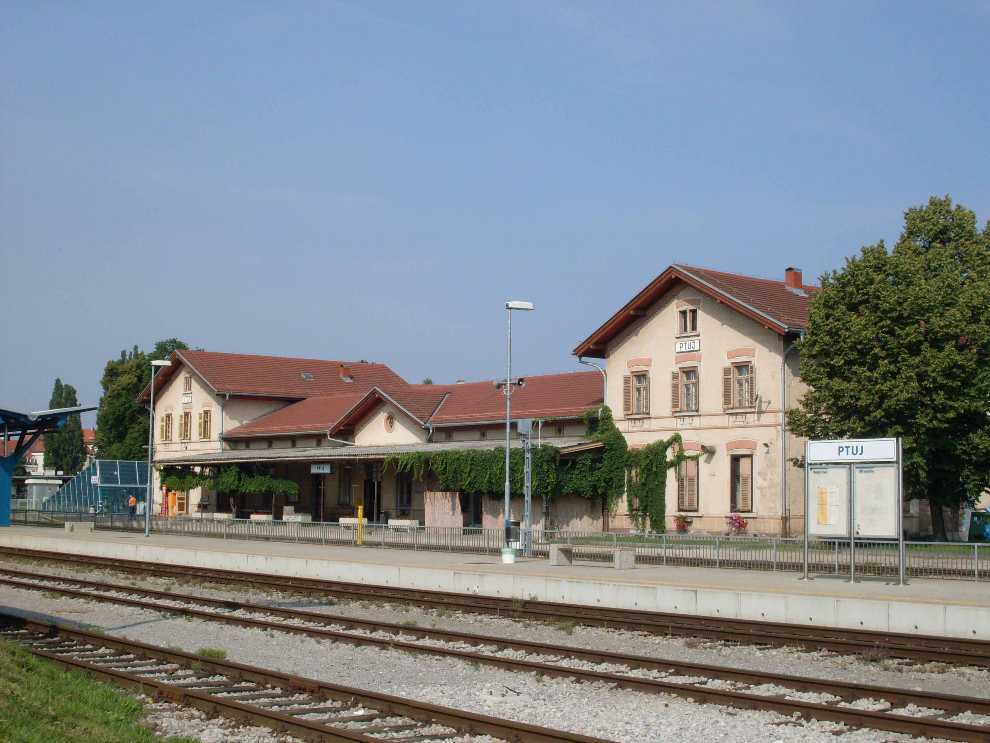 Štajerska dobiva drugi tir in nadgradnjo železniške proge do Šentilja