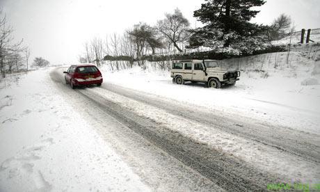 Vremenske razmere povzročile kar nekaj prometnih nesreč