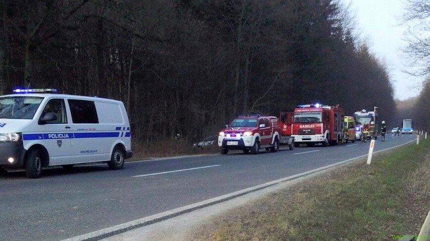 Voznica v prometni nesreči na cesti Lenart - Gornja Radgona hudo telesno poškodovana