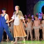 FOTO: V Radgoni razprodana baletna predstava Čarovnik iz Oza