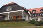 V nekdanjem hotelu Črni les čez leto dni že novi stanovalci