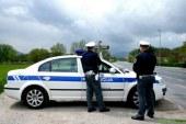 Z neregistriranim vozilom vozil brez vozniškega dovoljenja in pod vplivom alkohola