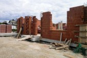 V naselju Lokavec omogočena stanovanjska gradnja