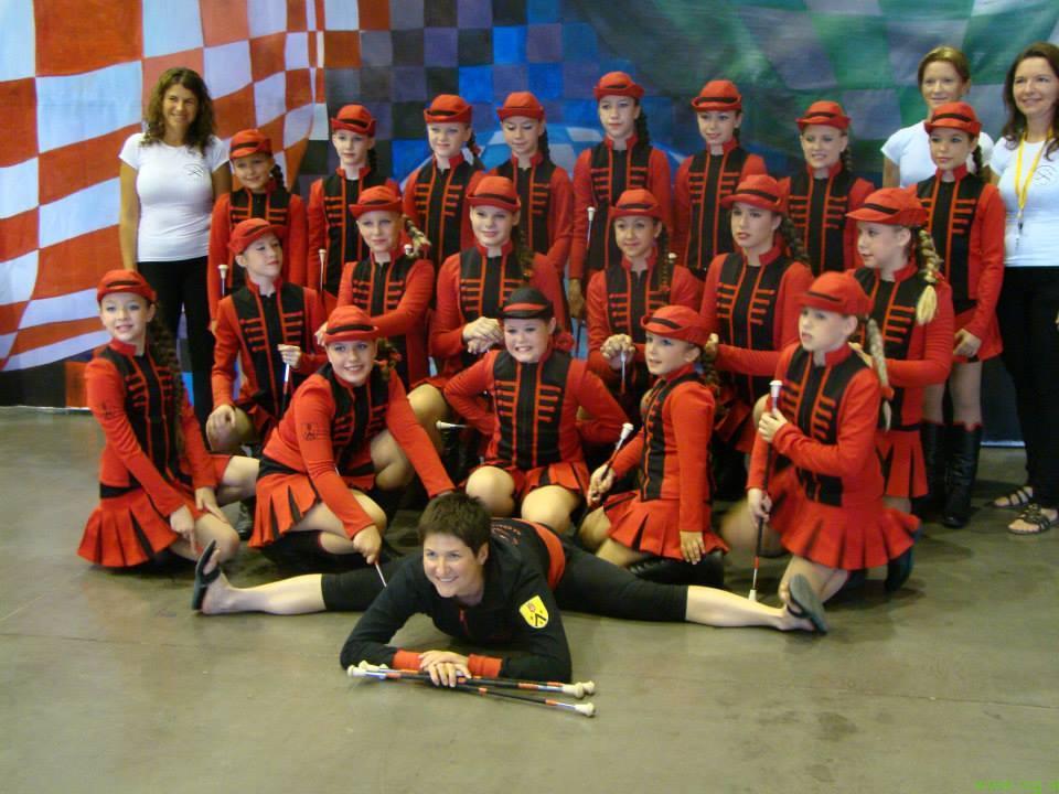 Na državnem in mažoretnem twirling prvenstvu tudi tekmovalke iz Lenarta