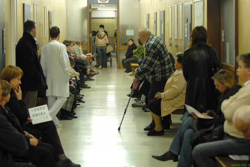 Kaj storiti ko so čakalne dobe predolge ali ko zdravniki nimajo posluha za nas?