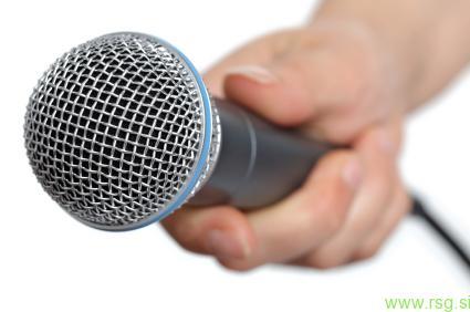 Poslušalci kritični do napovedanih davčnih blagajn