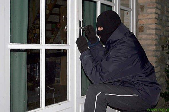Na območju Voličine neznanec vlomil v stanovanjsko hišo