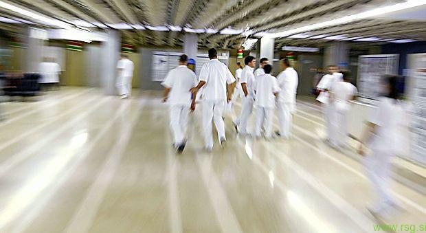 Zaradi girpe in podobnih obolenj številne bolnišnice zaprte za obiske