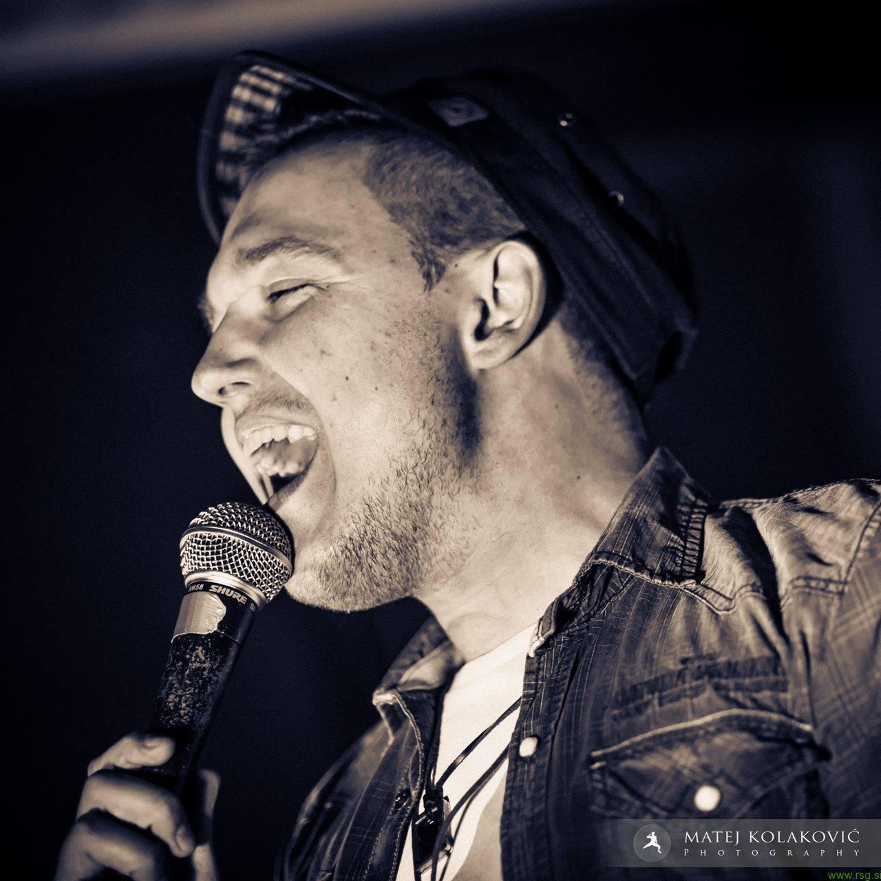 Lestvica 3x5: Toni iz In&Out s prvo avtorsko pesmijo
