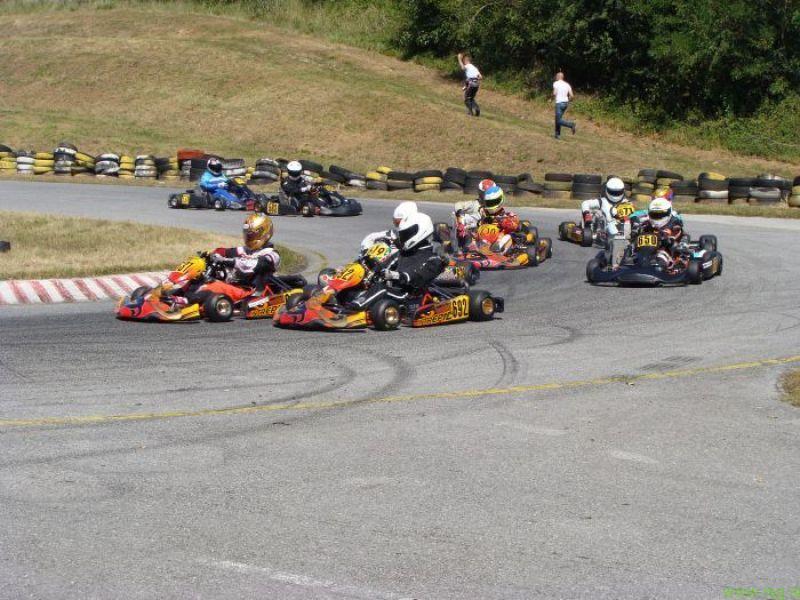Obetajo se karting dirke za slovensko-avstrijski pokal v Hajdošah