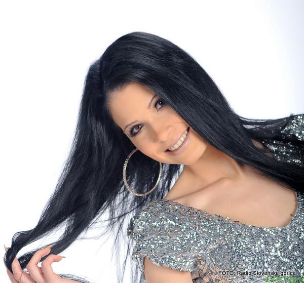 Katja M s svežim singlom ANGEL MOJE POTI