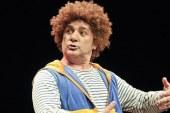 Monokomedija MULC… VAS GLEDA na odru lenarškega Len-Arta
