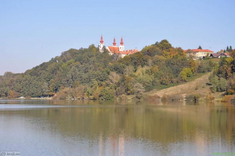Dostop do jezera v Sveti Trojici varnejši