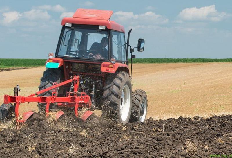 Kmetom na voljo 12 milijonov evrov ugodnih posojil