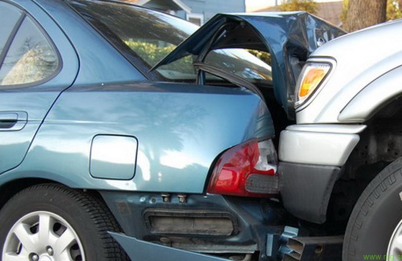 Turisti udeleženi v prometno nesrečo pri Janežovcih