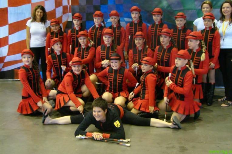Za lenarškim Twirling, plesnim in mažoretnim klubom uspešna sezona