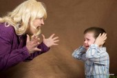 Mariborčanka ogrožala sebe in otroka