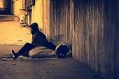 Ob mednarodnem dnevu brezdomcev 53 kilogramov perutničk in topli softshelli za mariborske brezdomce