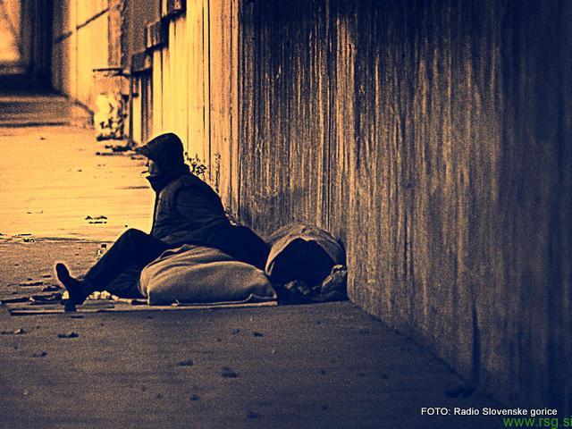 Beli tiger z novimi aktivnostmi v pomoč brezdomcem