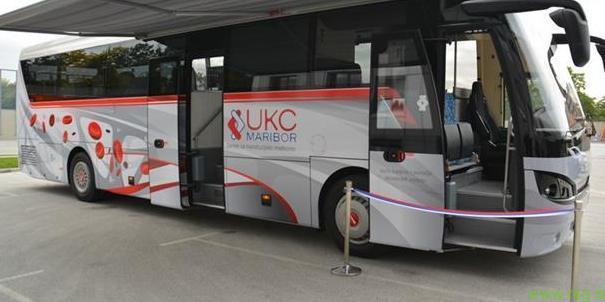 Avtobus za odvzem krvi - UKC Maribor
