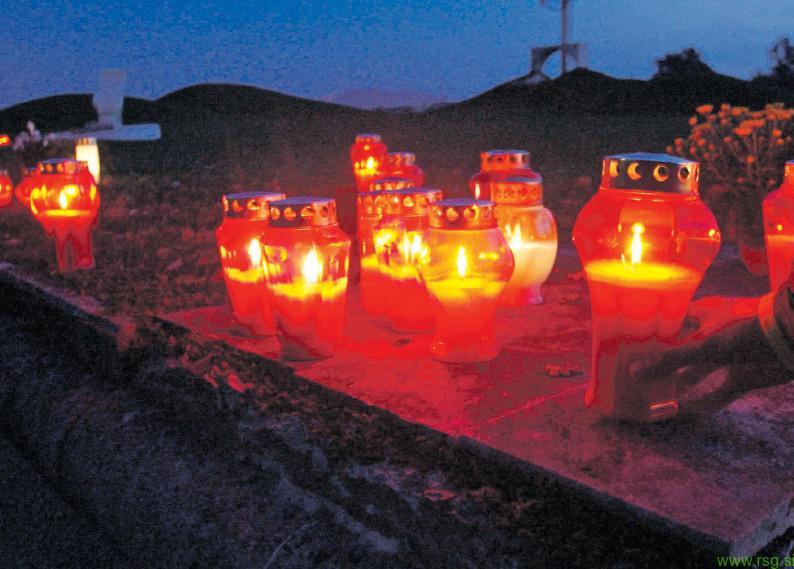 Prvega novembra bogoslužja marsikje na pokopališčih