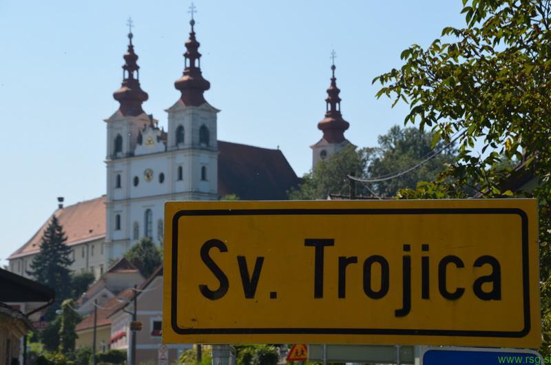 Obnova cerkvenih zvonikov v Sveti Trojici