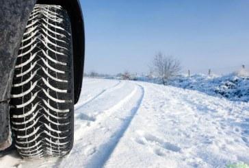 Kako varno voziti po zasneženih cestah