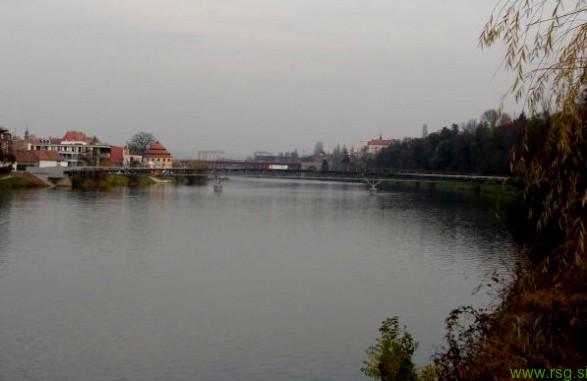 Leto 2020 lahko začnete s skokom v reko Dravo
