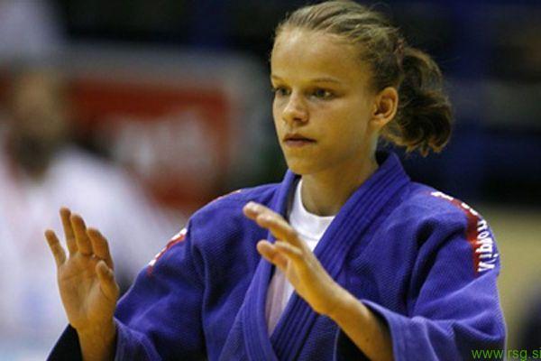 Kristina Vršič iz Dupleka ponovno do medalje na turnirju svetovnega pokala