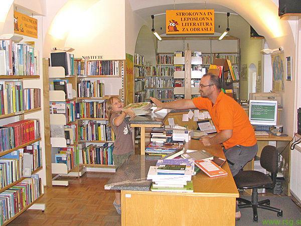 Knjižnica v Lovrencu na Pohorju še vedno zaprta, v Rušah jo bodo odprli konec tedna