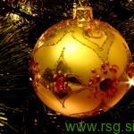 Romantični božič na grajskem dvorišču v Račah