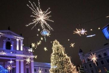 S prižigom prazničnih luči v veseli december tudi na Ptuju