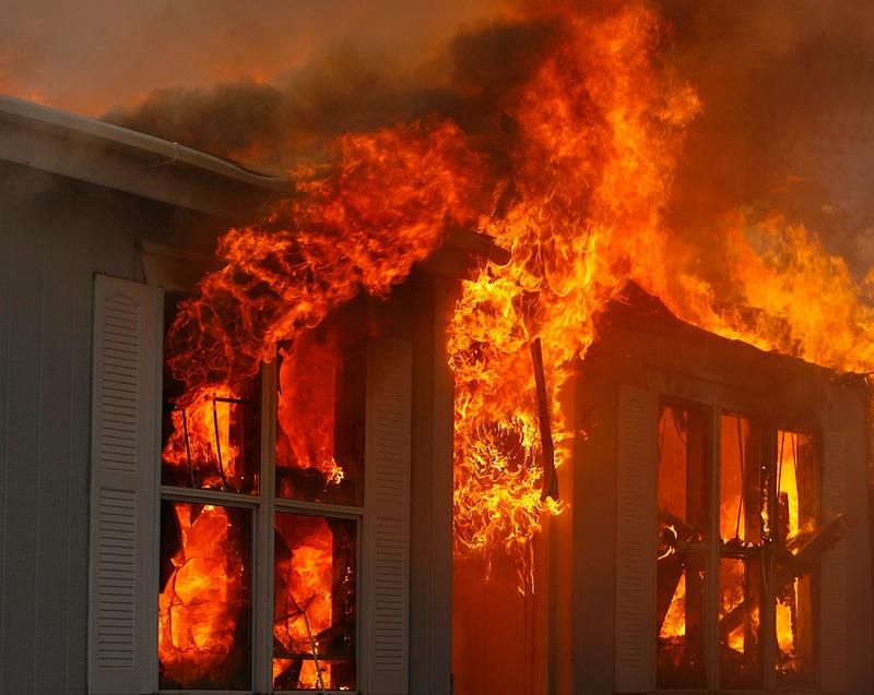 V požaru v Kungoti v celoti zgorela stanovanjska hiša