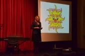 FOTO: Nad festivalom komedije v Pekrah navdušena tudi ministrica za kulturo in mariborski župan