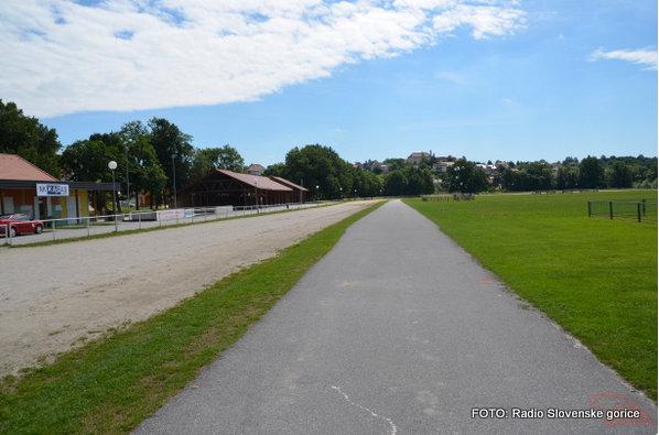 V Lenartu na Ploleni po novem tudi rusko kegljišče
