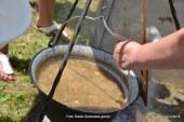 Državno tekmovanje v kuhanju kisle žüpe v Jakobu tokrat že osmič