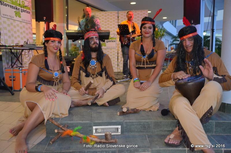 FOTO: Indijanski večer