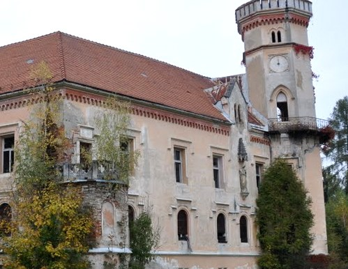 Dvorec Slivnica pri Mariboru v ruske roke