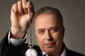 Na Sv. Ano prihaja svetovno znani hipnotizer Božidar Grilc