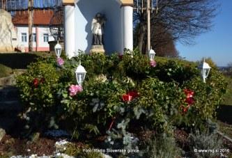 FOTO: Vandranje – Adventni venec v Cerkvenjaku