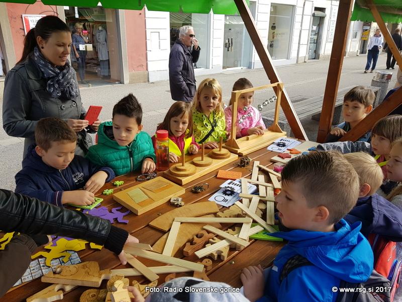 V času krompirjevih počitnic v Lenartu brezplačni delavnici za otroke