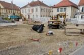 FOTO: Dela v središču Lenarta v polnem teku