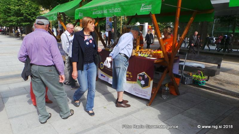 FOTO: V Mariboru velik dogodek ob prvem Svetovnem dnevu čebel