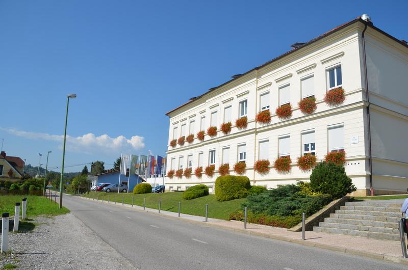 Učenci OŠ Voličina na obisku v predsedniški palači