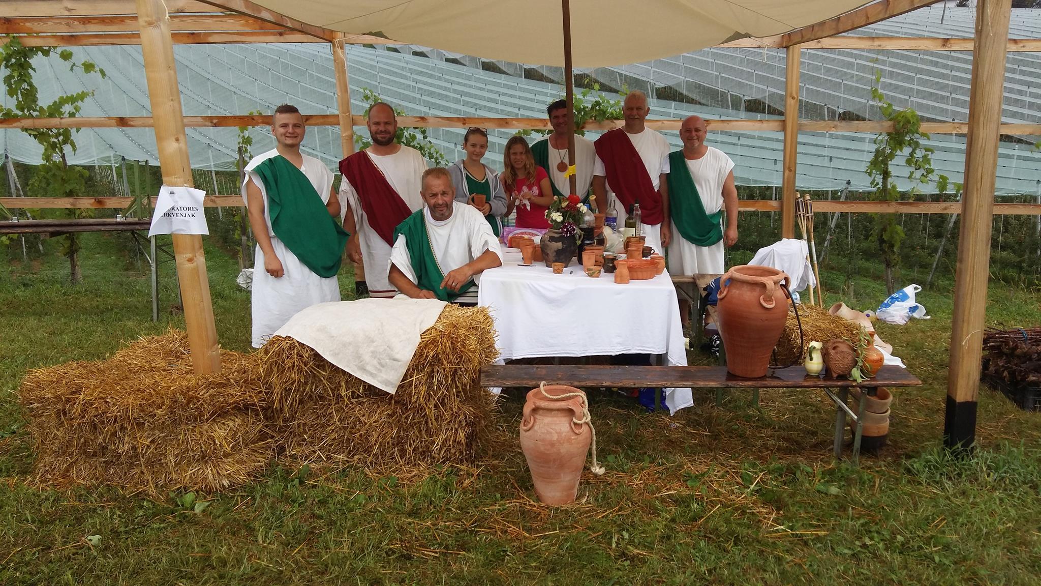 Pri Lübi vodici v Cerkvenjaku taborijo Rimljani