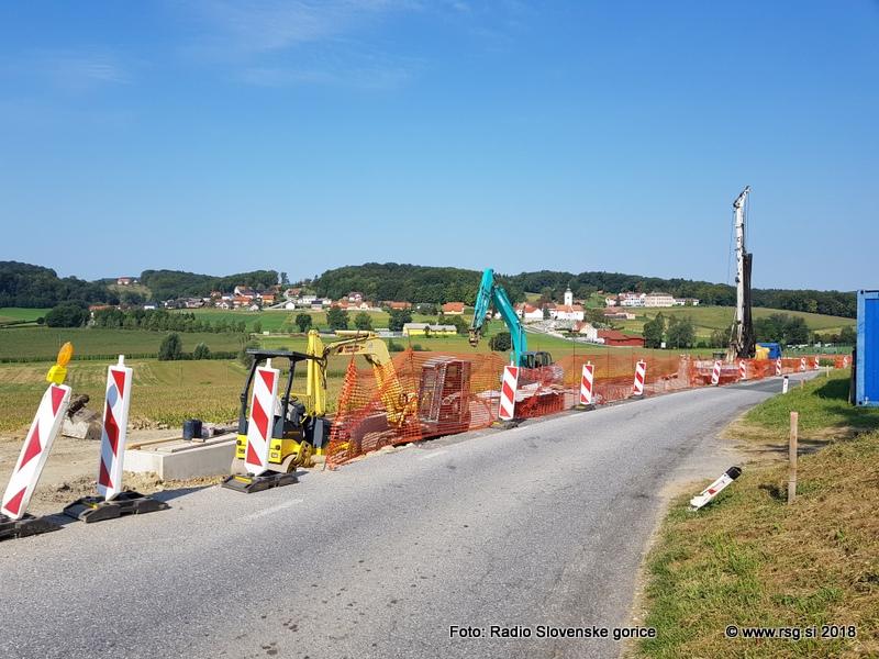 Tako v Lenartu kot Juriju letos nekaterih investicij niso izvedli zaradi zasedenosti gradbincev