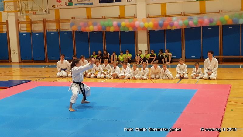 V Lenartu in Dupleku med mladimi karateisti tudi državni prvaki