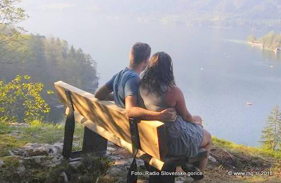 V Lovrencu na Pohorju nova pridobitev - Klopi za domačine in obiskovalce