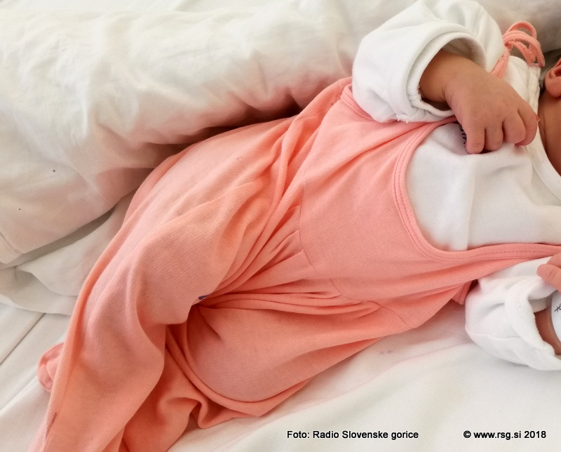 Ptujska porodnišnica spodbuja alternativne oblike poroda